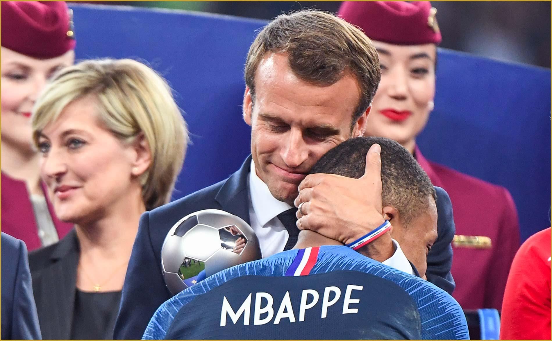 Hugues Renson Virage PSG Mbappe Macron